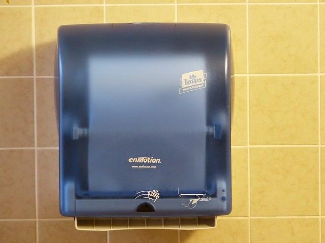 Comment choisir son distributeur de papier toilette professionnel ?
